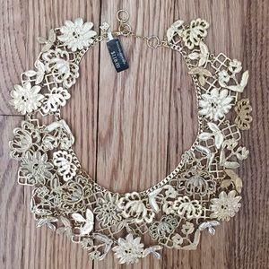 NWT Banana Republic gold necklace